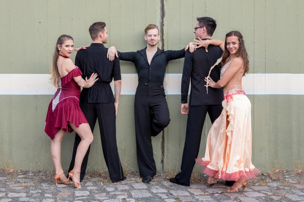 Tanzsport Berlin - Blau Silber Berlin - Tänzer - Rene Bolcz Fotografie